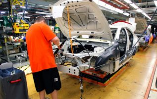 GM to offer buyout to some workers in cost-cutting move 2