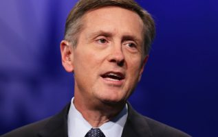 Fed's Clarida says central bank getting closer to neutral and should be 'data dependent' on more hikes 3