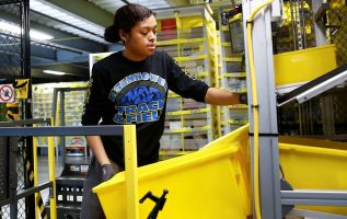 Amazon drops free shipping minimum, heating up fierce competition for holiday sales 2