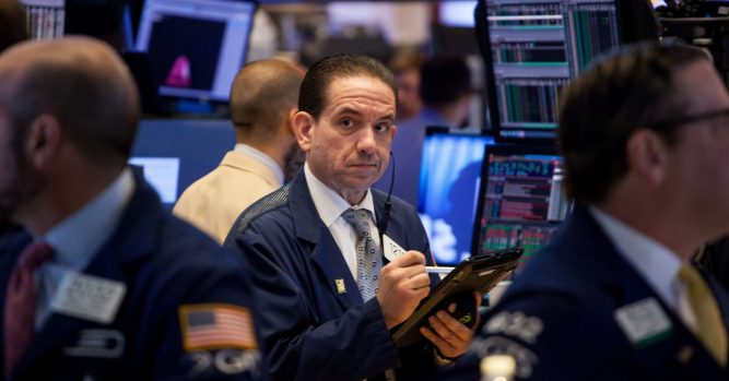 Get defensive for 2019 as recession fears rise 8