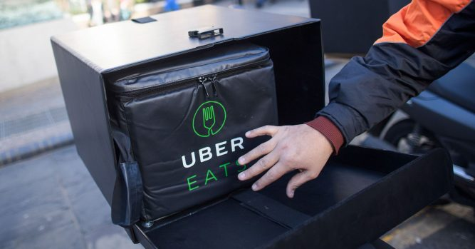 Starbucks partners with Uber Eats to deliver to customers 1