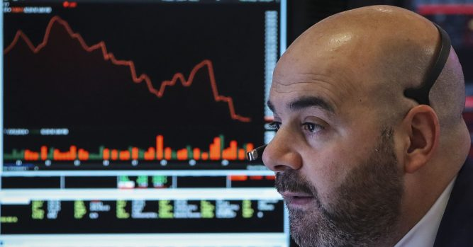 The stock market is acting like earnings growth will turn negative next year 1