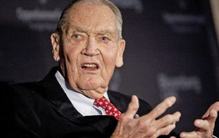 Wall Street reacts to the death of investing legend Jack Bogle 2