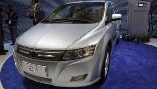 China powers up electric car market 2