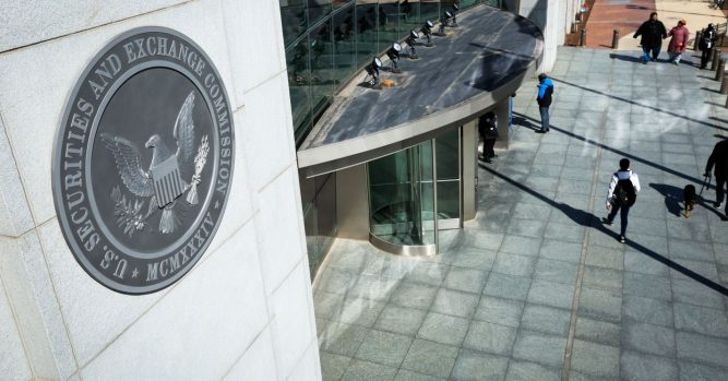 International stock trading scheme hacked into SEC database, Justice Dept. says 4
