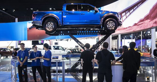 Ford is developing hybrid and all-electric F-150 pickup trucks 4