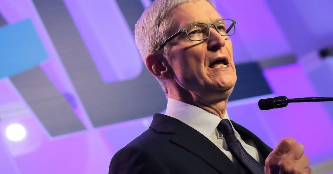 Apple's fall from grace on Wall Street may have wide investor fallout 4