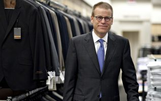 Blake Nordstrom, co-president of Nordstrom, has died at age 58 3